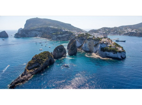 A week  discover the Pontine islands