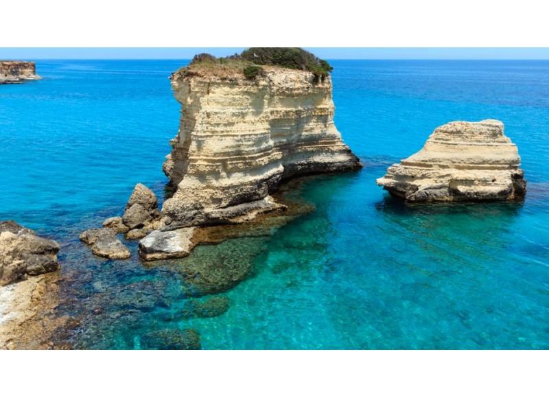Ventotene l'isola sospesa tra storia e natura